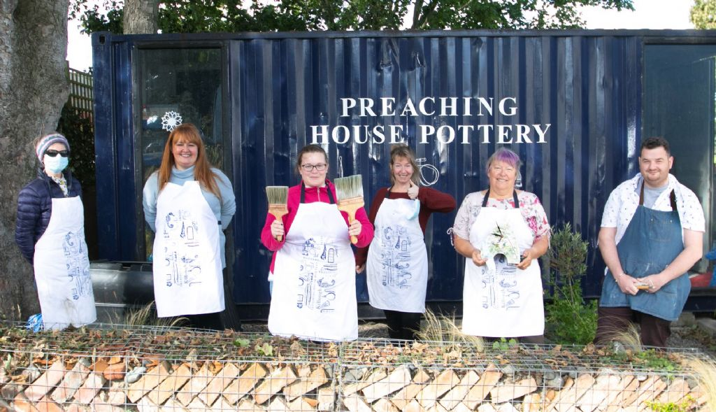 District Electoral Areas Organise Creative Pottery Sessions for Local Carers