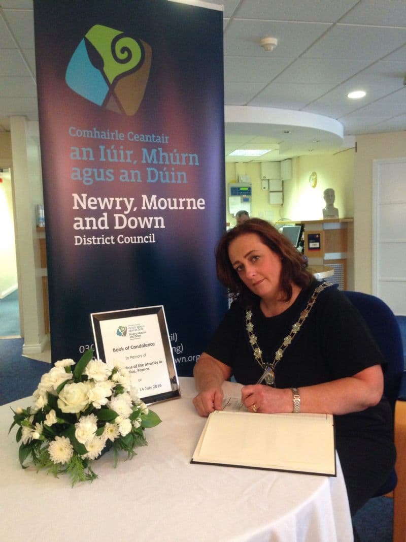 Books of Condolence Open For Those Who Lost Their Lives in Nice, France