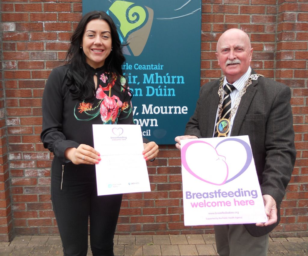 Chairperson Calls for All Businesses to Welcome Breastfeeding