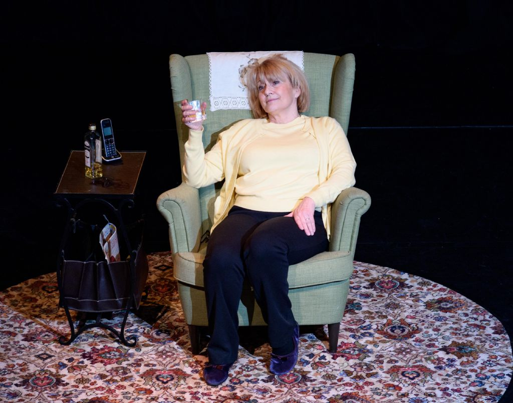 Ruby!  Play on the Life of Ruby Murray Comes to Sean Hollywood Arts Centre