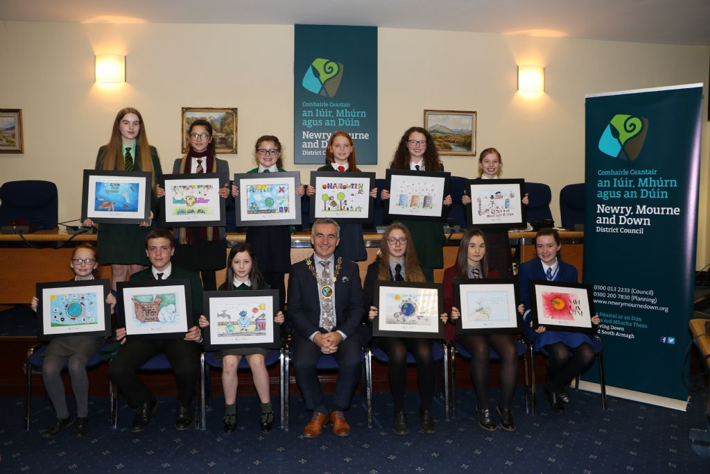 Chairman Reveals Winners of Schools' Environmental Calendar Poster Competition