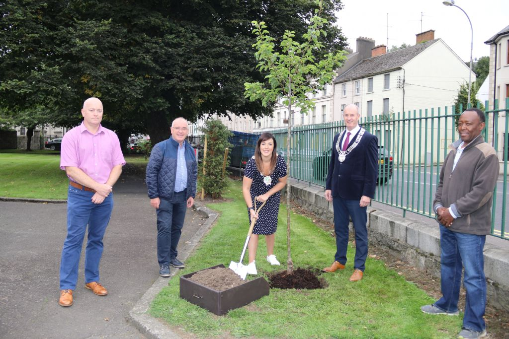 Councils Plant Trees as a Symbol of their Joint Working on Climate Adaption Policies