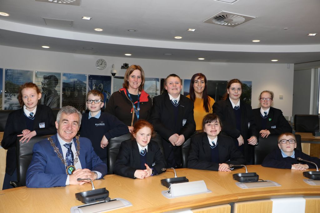 Knockevin School Council Visits Council Chamber