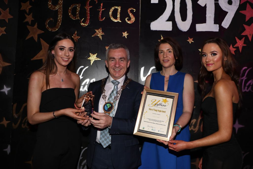 photo 9 yaftas award